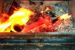 mola de lâmina quente vermelho